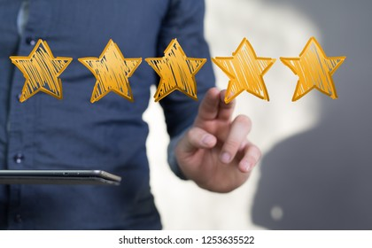 rating with star in hand