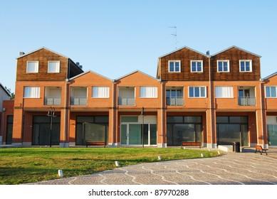 Ravenna marine houses
