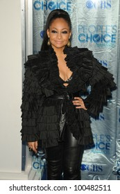 Raven-Symone  at the 2011 People's Choice Awards - Arrivals, Nokia Theatre, Los Angeles, CA. 01-05-11