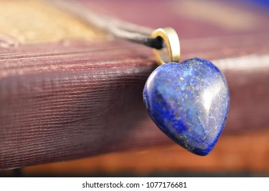 Raw Blue-Indigo Lapis Lazuli Healing Crystals. Perfect alter or grid stone, Metaphysical Lapis Lazuli natural chunk. Rough Lapis!