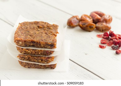 Raw energy bars made with healthy nuts and dried fruits