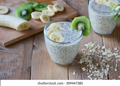 Raw oat milk pudding with chia seeds and fruits