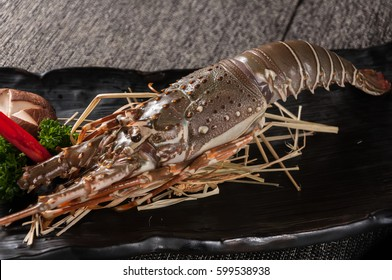 Raw spiny lobsters