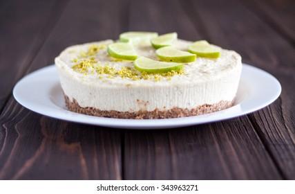 Raw vegan lime cheesecake