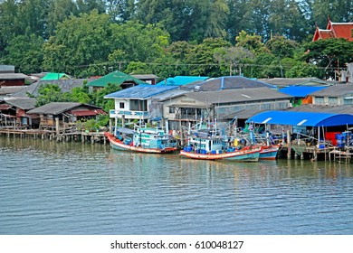 RAYONG-THAILAND-AUGUST 23 : Fisherman's way of life by the sea on August 23, 2015 Rayong Province, Thailand