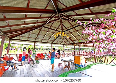 RAYONG-THAILAND-OCTOBER 11 : Decorative Interior design of wooden vintage market, October 11, 2015 Rayong Province, Thailand