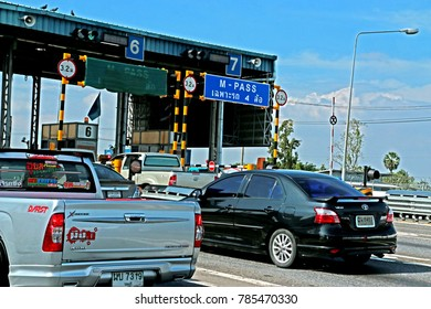 RAYONG-THAILAND-OCTOBER 14 : The Turnpike tolls on the road, October 14, 2016 Rayong Province, Thailand
