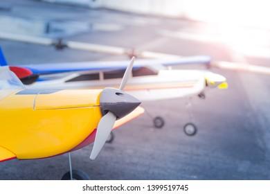 Imágenes, fotos de stock y vectores sobre Airplane Radio