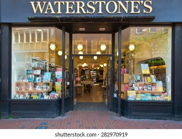 Reading, England - May13th, 2015:Waterstones, formerly Waterstone's, is a British book retailer that operates 275 stores and employs around 3,500 staff in the UK and Europe as of February 2014.