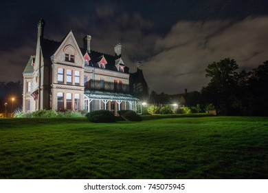 READING, UK - OCTOBER 2017: Night view of Foxhill House in Reading University.