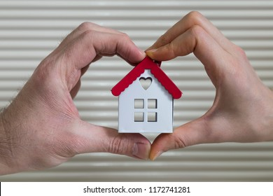 Real estate agent and mortgage investment. Home on the hand.being an easy way homeowner.