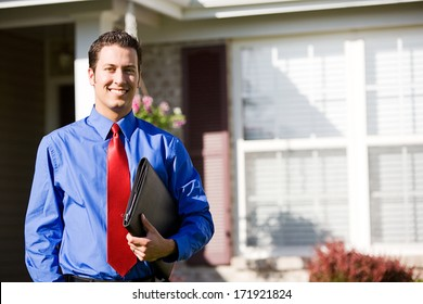 Real Estate: Agent Ready To Sell Home