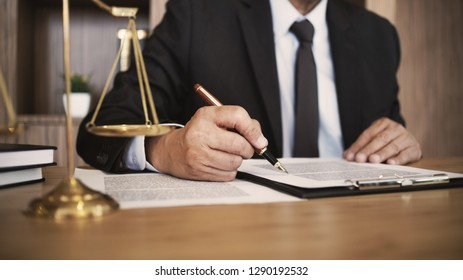 Real Estate concep,  judge gavel /  lawyer consultant in auction.
