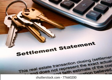 Real estate home seller settlement statement Realtor worksheet for house sale estimated net profit at closing with house keys and calculator