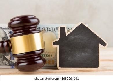 Immobilienversteigerungskonzept - Modell für Wohnungsbau