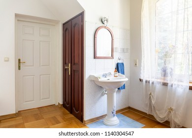 Antique Wash Basin Stock Photos Images Photography Shutterstock
