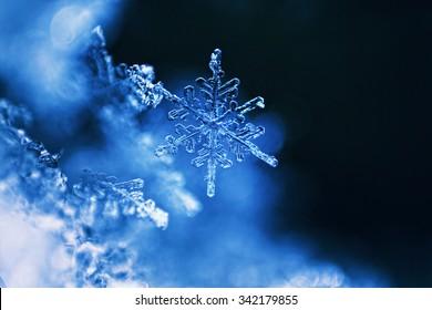Real snowflake macro - ultra shallow depth of field