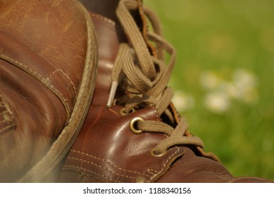 Realaxed Leather Shoes in park