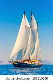 Three Mast Sailboat Images, Stock Photos & Vectors