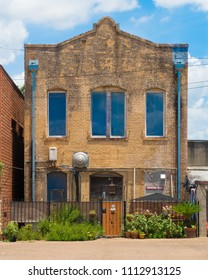 the rear of a building on main street in Victoria Texas