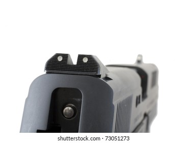 rear sights on a handgun that are not aligned with the front