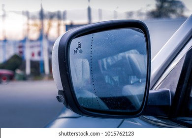 rearview mirror with collision avoidance system