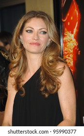 """REBECCA GAYHEART at the Los Angeles premiere of """"Dreamgirls"""" at the Wilshire Theatre. December 11, 2006  Los Angeles, CA Picture: Paul Smith / Featureflash"""