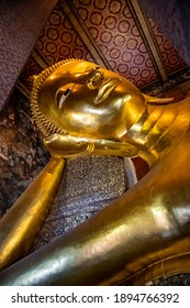 Reclining Buddha Wat Pho Bangkok, Thailand. The reclining Buddha is one of the most famous Buddhas in Thailand. You find it in  Wat Pho in the middle of Bangkok next to the grand palace.
