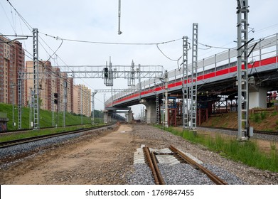 Reconstruction of Reutovo station of Moscow Railway with the construction of the IV main track, overpasses and the II track to Balashikha, Reutov, Moscow region, Russian Federation, June 07, 2020