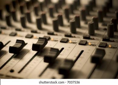 Recording Studio - Mixer