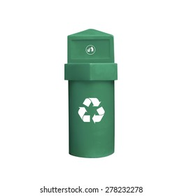 Recycling bin isolated