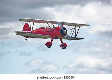 Red 1943 N2S-3 Stearman Navy trainer