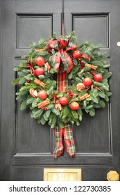 Red apple and chillies Christmas wreath