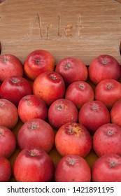 Red apple (Malus), Arlet variety