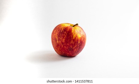 Red Apple on white background 1080p