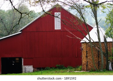 Red barn in Pennsylvania.