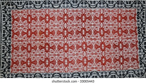 red and black wine carpet patter