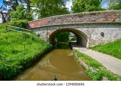 Red bridge No 58 over the Llangollen Canal near Ellesmere in Shropshire, UK
