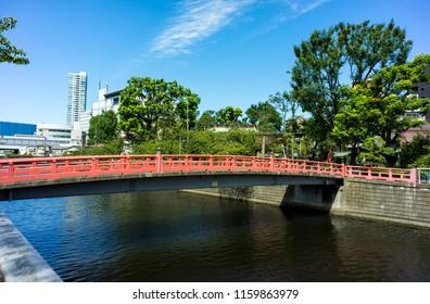 RED BRIDGE OVER MEGURO RIVER  SHINAGAWA  TOKYO