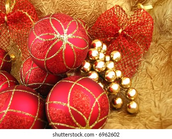 Red bulbs with ribbon