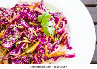 Red cabbage salad asian style