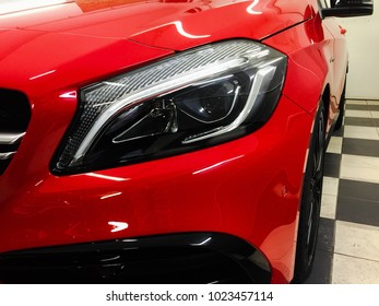 red car, front lamp