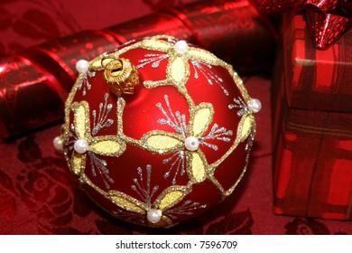 red Christmas ball and gift box