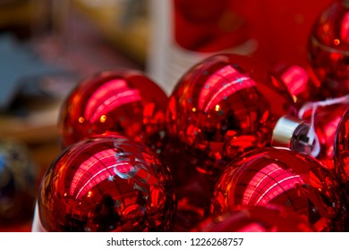 Red Christmas balls for sale