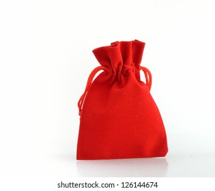 red cloth jewelry bag is package for gift