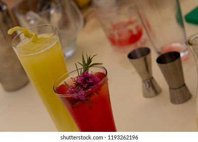 Red cosmopolitan cocktail with lemon