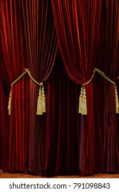 red curtain vertical side