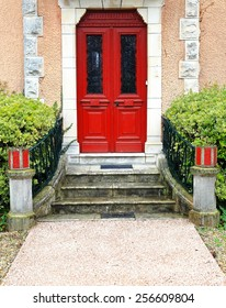 Red door-Guethary