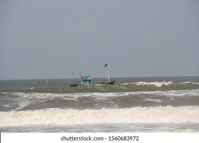 Red Flag on beach side