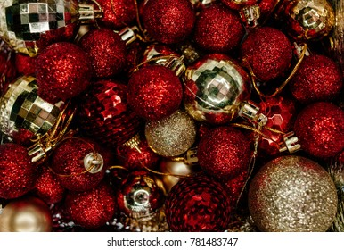 a lot of red and gold christmas tree decorations christmas motifs new year tree - Red And Gold Christmas Decorations